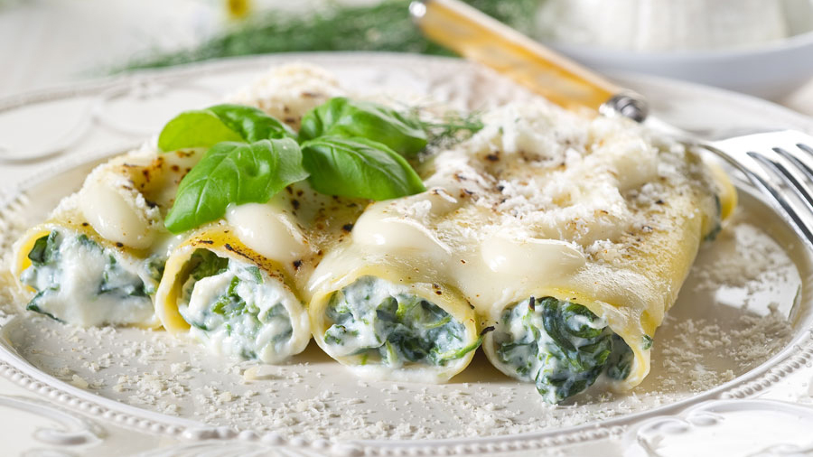 Spinach-and-ricotta-canelloni